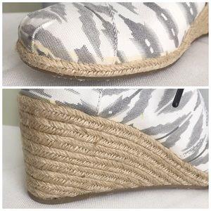 Toms Shoes - TOMS Grey Ikat Desert Wedge Booties 9.5 NIB